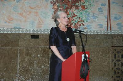 Billede af Dronningen, der holder tale i H.C. Andersens Hus