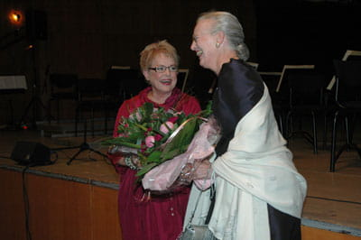 Billede af Ghita Nørby og Dronningen