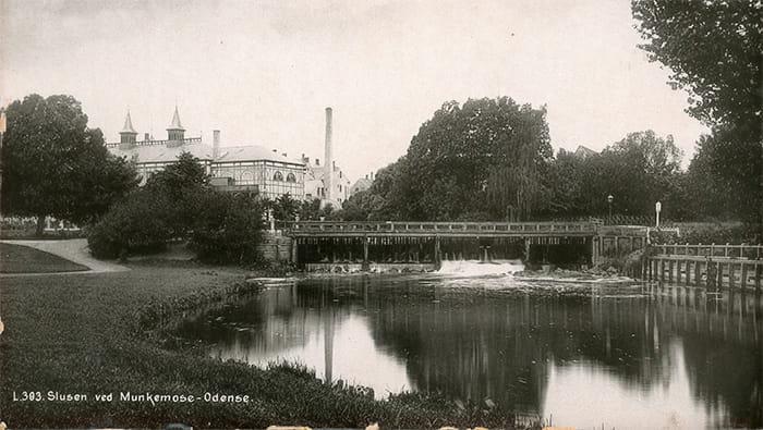 Munke Mose slusen 1900