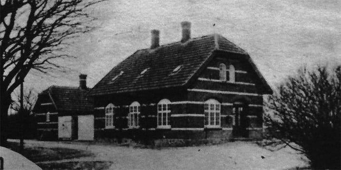 Stationsbygning på Svenstrupvej
